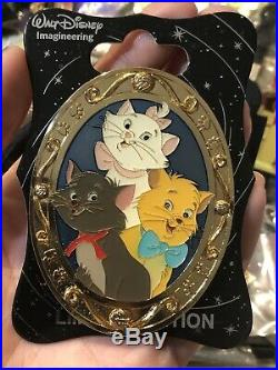 WDI Cat Portraits Aristocats Gold Frame Pin Marie Walt Disney Imagineering D23