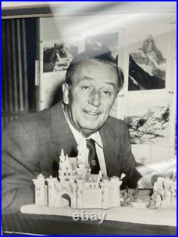 Walt Disney Photo with Pin Framed Set LE 250 50 years of Magical Memories COA